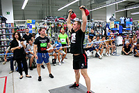 The Strongest Man in The City - genuflexiuni cu kettlebell